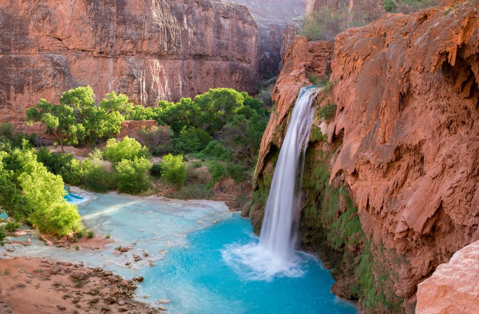 "Shh,the <a href=""https://www.nytimes.com/2015/09/06/travel/grand-canyon-havasu-falls.html?_r=0"" target=""_blank"">Grand C"