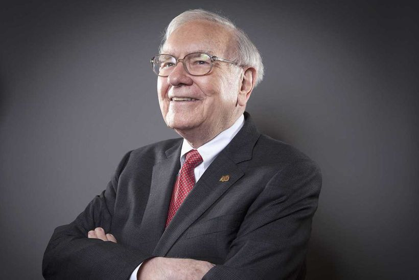 Warren Buffett, Chairman of the Board and CEO of Berkshire Hathaway, poses for a portrait in New York October 22, 2013. (Phot