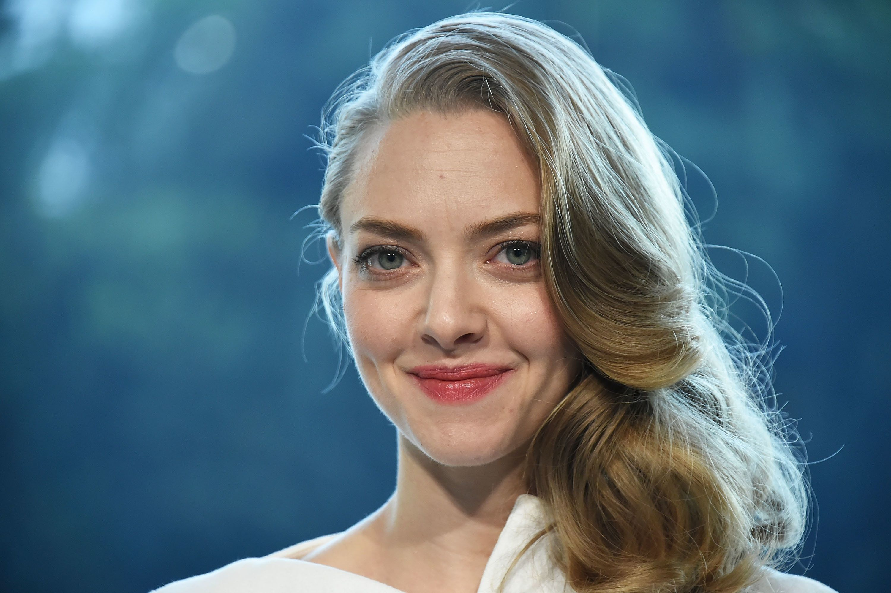 TOKYO, JAPAN - OCTOBER 09:  Amanda Seyfried attends the promotional event for Shiseido's Cle de Peau Beaute at the Palace Hotel on October 9, 2015 in Tokyo, Japan.  (Photo by Jun Sato/Getty Images for cle de peau BEAUTE)