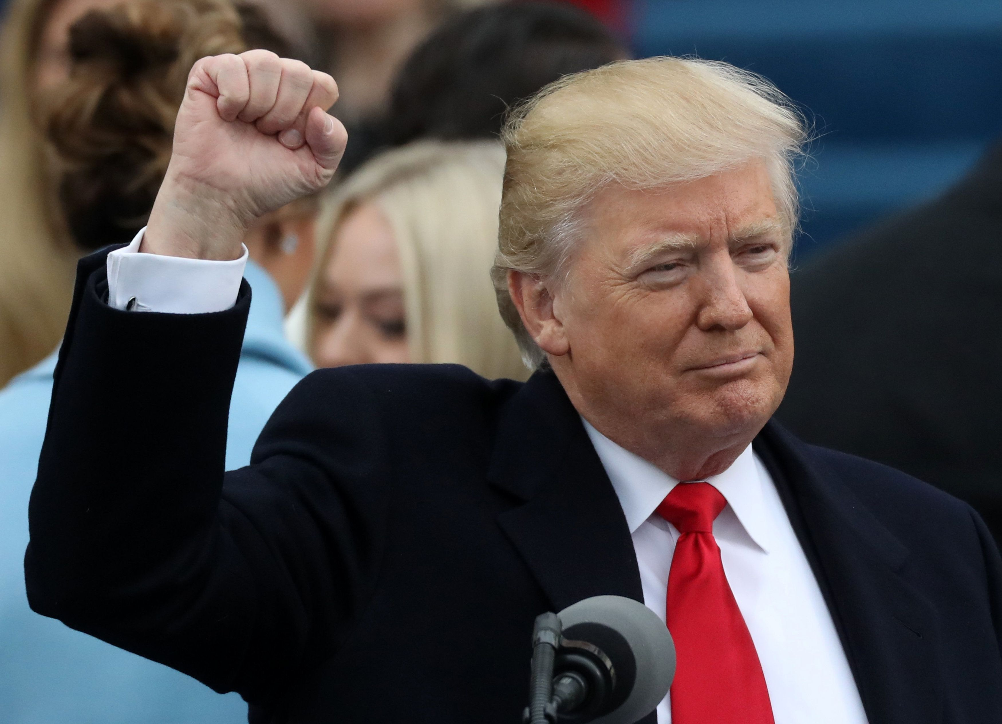 U.S. Donald Trump raises his fist after being sworn in as the 45th president of the United States on the West front of the U.S. Capitol in Washington, U.S., January 20, 2017. REUTERS/Carlos Barria