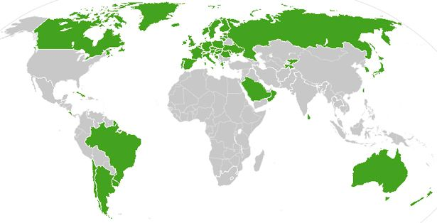 With exception of the US, countries with nationalized health care (indicated in green)