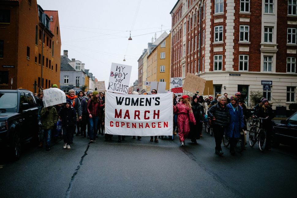 "Thousands of men and women marched on the Danish parliament on 21 January 2017 in solidarity with the ""Women's March on Washi"