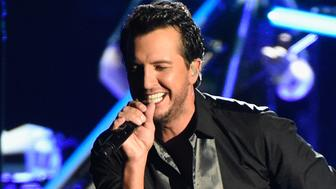 NASHVILLE, TN - NOVEMBER 02:  Luke Bryan performs onstage at the 50th annual CMA Awards at the Bridgestone Arena on November 2, 2016 in Nashville, Tennessee.  (Photo by Gustavo Caballero/Getty Images)