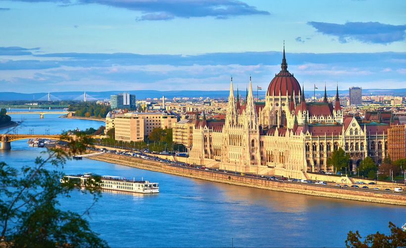 """<a rel=""""nofollow"""" href=""""http://www.minitime.com/trip-tips/Best-Things-to-Do-with-Kids-in-Budapest-article"""" target=""""_blank"""">Th"""