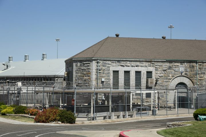 Folsom Prison Riot Leaves Inmate Dead Others Injured | HuffPost