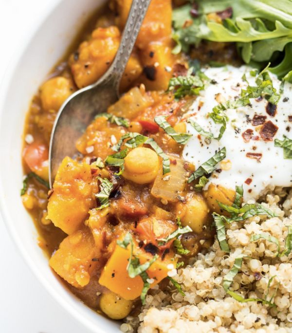 "<strong>Get the <a href=""http://www.simplyquinoa.com/slow-cooker-moroccan-chickpea-stew/"" target=""_blank"">Slow Cooker Morocca"