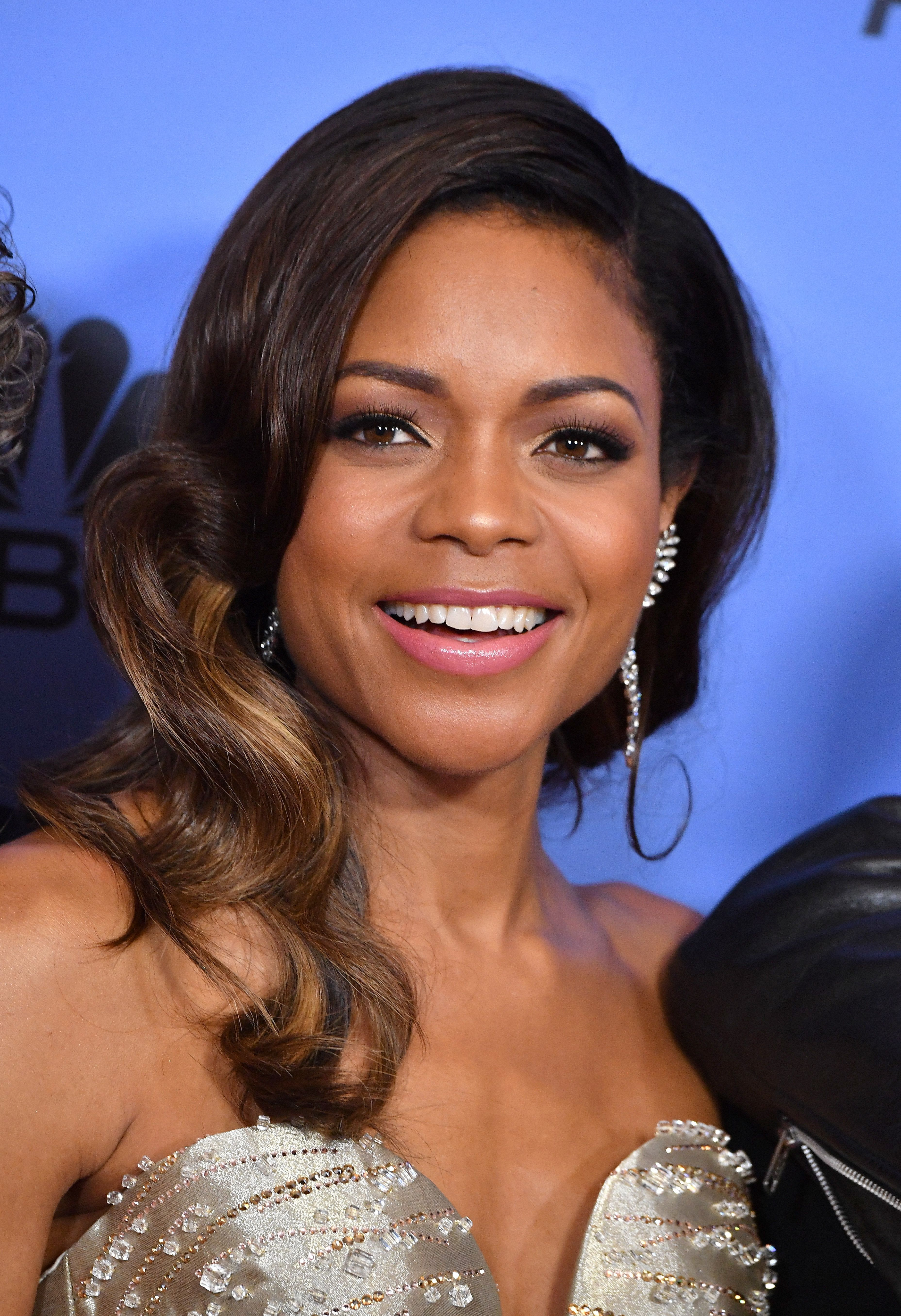 BEVERLY HILLS, CA - JANUARY 08:  Actress Naomie Harris poses in the press room during the 74th Annual Golden Globe Awards at The Beverly Hilton Hotel on January 8, 2017 in Beverly Hills, California.  (Photo by Steve Granitz/WireImage)
