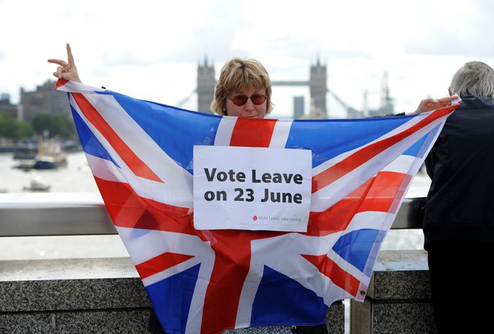 A Brexit supporter campaigns in central London. June 15, 2016.