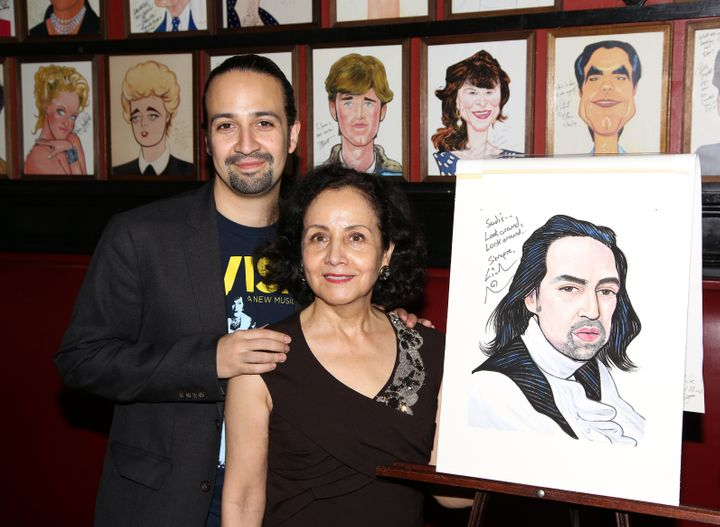 Together, Lin-Manuel Miranda and his mom, Luz Towns-Miranda, watched the unveiling of his portrait at Sardi's in New York City.