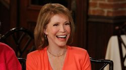 Celebrities Mourn Mary Tyler Moore After News Of Her