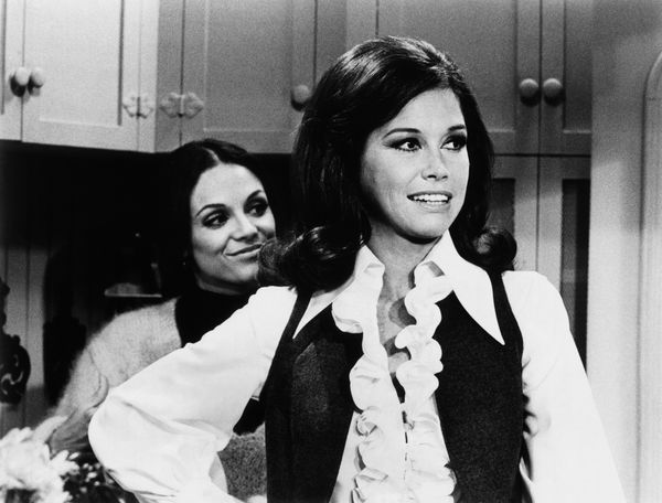 """Mary Tyler Moore and Valerie Harper as Mary and Rhoda in the """"Mary Tyler Moore Show"""" in the 1970s."""