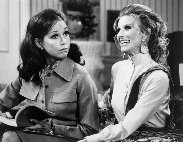 "Mary Tyler Moore on ""The Mary Tyler Moore Show"" in 1971 alongside Cloris Leachman."