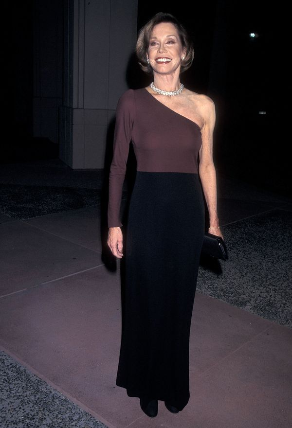 Mary Tyler Moore attends the 13th Annual Television Academy Hall of Fame Induction Ceremony on November 1, 1997 at the Leonar