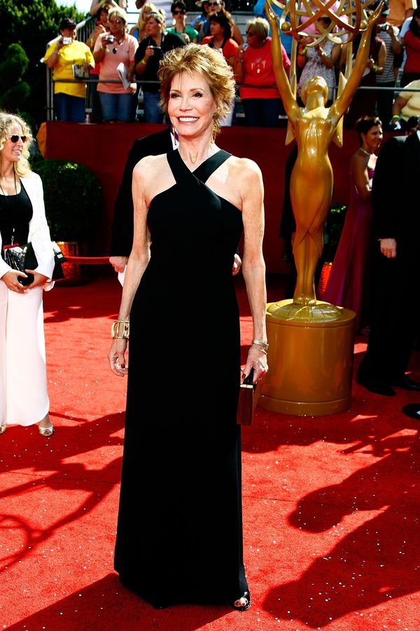 Mary Tyler Moore arrives at the 60th Primetime Emmy Awards held at Nokia Theatre on September 21, 2008 in Los Angeles, Califo