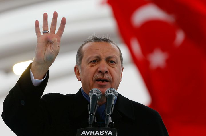 Erdogan makes a speech during the opening ceremony of Eurasia Tunnel in Istanbul. Dec, 20, 2016.