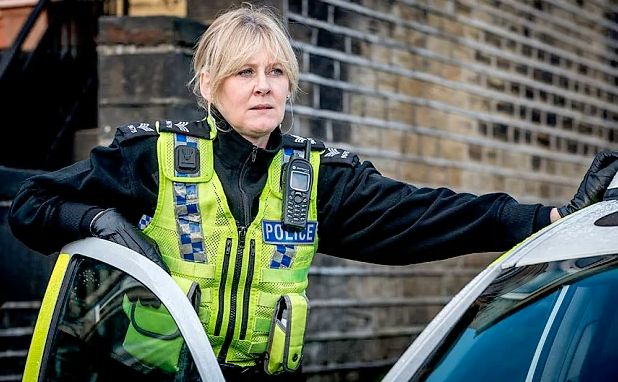 As Sarah Lancashire Bags An NTA Award, 8 Things You Didn't Know About The 'Happy Valley'
