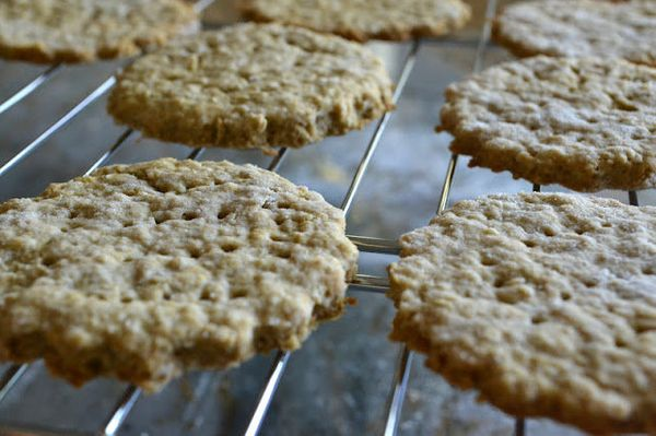 "<strong>Get the <a href=""http://theviewfromgreatisland.com/little-luxuries-oat-crackers/"" target=""_blank"">Oatmeal Biscuits re"