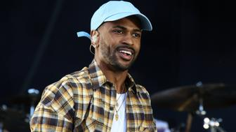 LONDON, UNITED KINGDOM - JULY 10: Big Sean performs onstage during Day 3 of Wireless Festival 2016 at Finsbury Park on July 10, 2016 in London, England.   PHOTOGRAPH BY Brett Cove / Barcroft Images  London-T:+44 207 033 1031 E:hello@barcroftmedia.com - New York-T:+1 212 796 2458 E:hello@barcroftusa.com - New Delhi-T:+91 11 4053 2429 E:hello@barcroftindia.com www.barcroftimages.com (Photo credit should read Brett Cove / Barcroft Images / Barcroft Media via Getty Images)