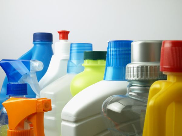 """Experts say household cleaning items <a href=""""http://www.vetstreet.com/our-pet-experts/pet-poisons-from-a-to-z-26-common-item"""