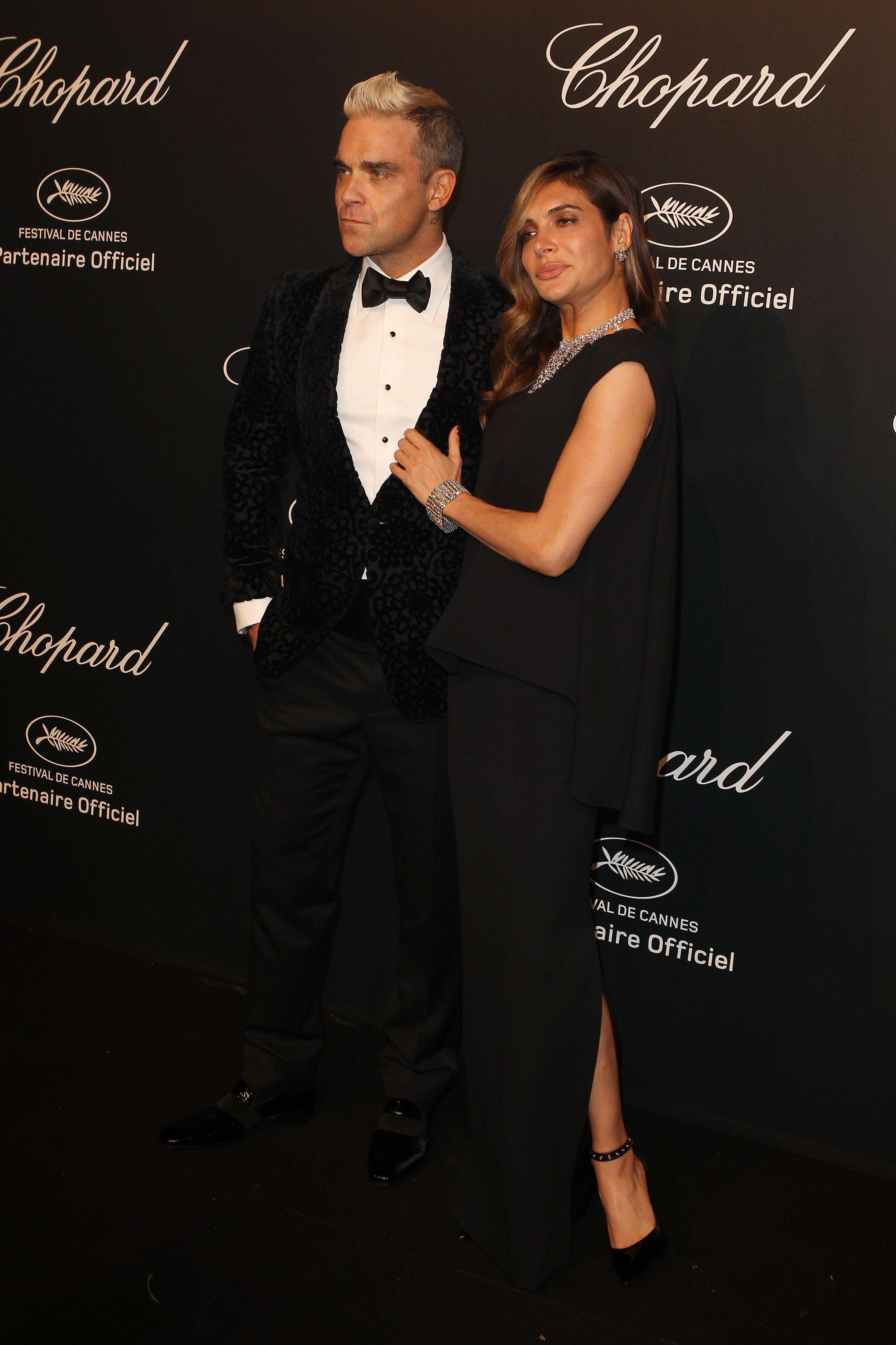 Robbie Williams And Ayda Field Sexual Harassment Case Thrown Out Of US