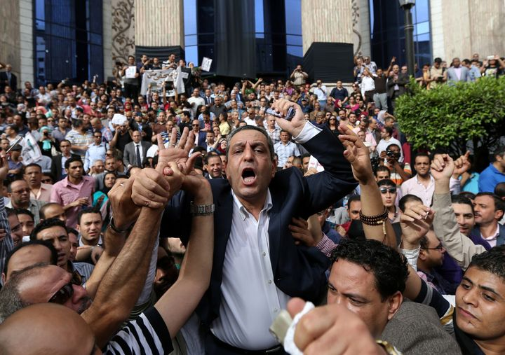 Journalists protest against restrictions on the press and to demand the release of detained journalists in front of the Egypt