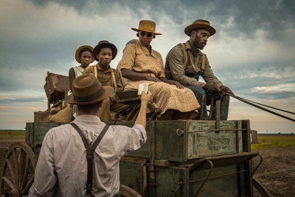 "A searing racial confrontation set during World War II, ""Mudbound"" seemed like Sundance's surest Oscar contender. So it was a"