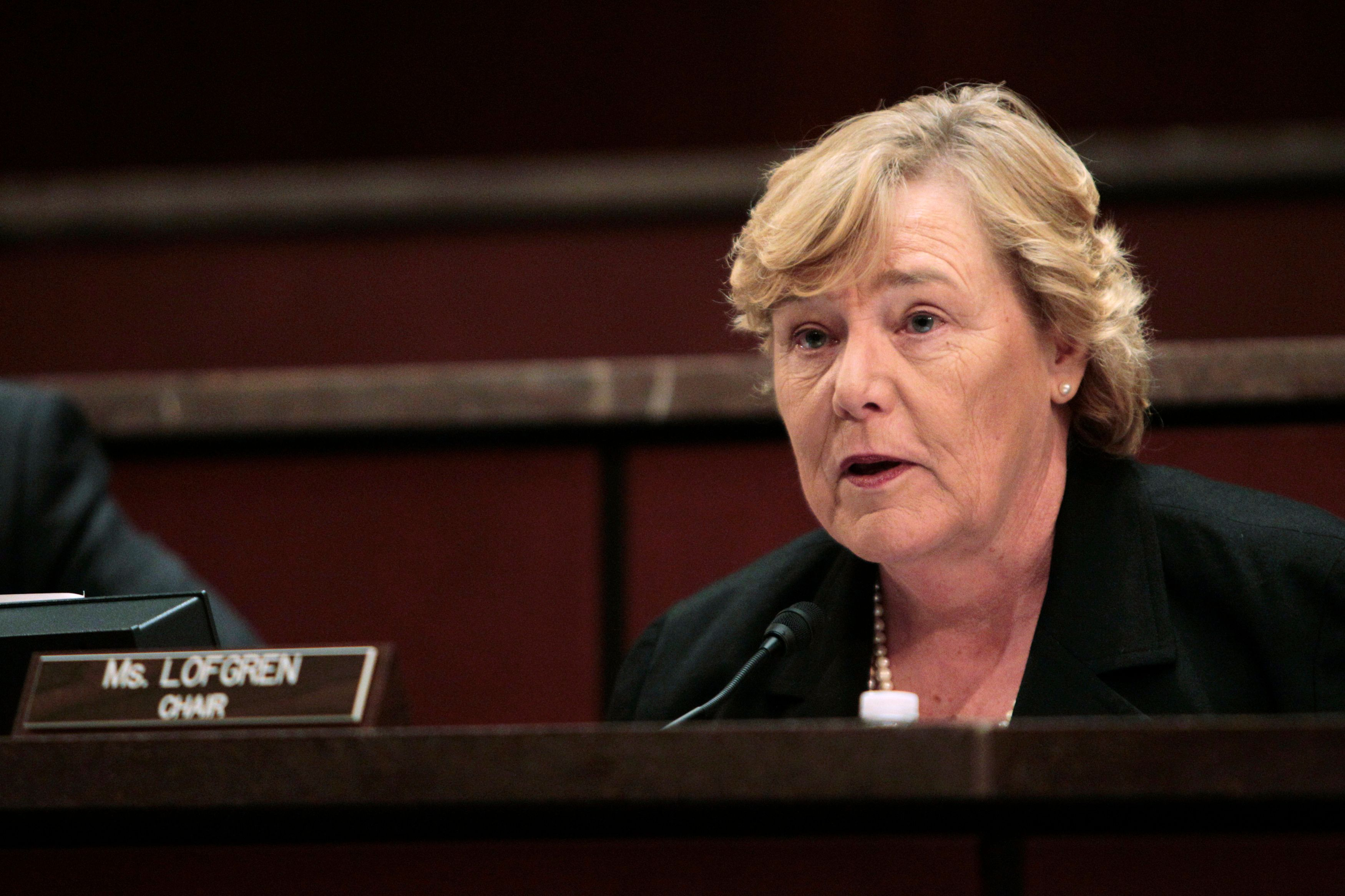 """U.S. Representative Zoe Lofgren (D-CA), the chairman of the Committee on Standards of Official Conduct (The Ethics Committee) speaks during Thursday's hearing on Capitol Hill in Washington, July 29, 2010. A U.S. House of Representatives ethics panel on Thursday began reviewing a """"tentative agreement"""" to settle charges against Representative Charles Rangel, a congressional source said on Thursday.    REUTERS/Hyungwon Kang  (UNITED STATES - Tags: CRIME LAW POLITICS PROFILE)"""