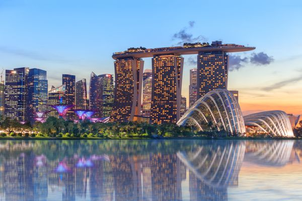 """This <a href=""""http://www.huffingtonpost.com/2014/10/21/singapore-lonely-planet-top-country-travel_n_6019318.html"""">multicultur"""