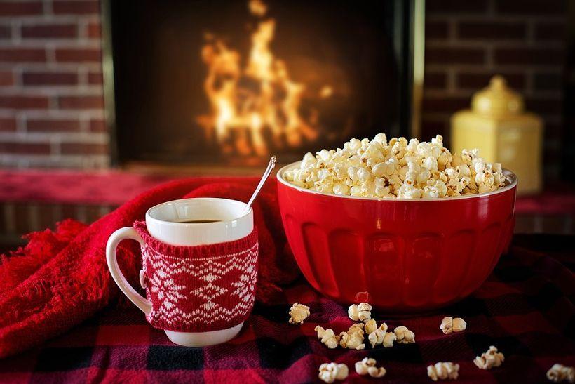 "<a rel=""nofollow"" href=""https://pixabay.com/en/warm-and-cozy-winter-popcorn-coffee-1975215/"" target=""_blank"">Credit: jill111<"