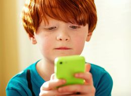 5 Ways To Say 'No' When Your Child Asks For A Mobile Phone