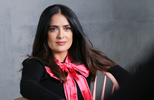 "<a href=""http://www.imdb.com/name/nm0000161/?ref_=fn_al_nm_1"" target=""_blank"">Salma Hayek</a> jumped into action alongside An"