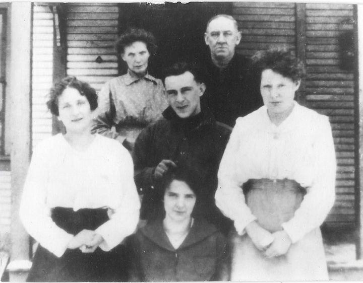 The Kramers circa 1910. Daniel Kramer's grandparents arrived around 1800. Regina Gallagher's great-grandparents arrived in 17