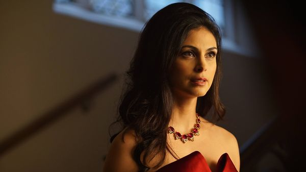 "<a href=""http://www.imdb.com/name/nm1072555/?ref_=nv_sr_1"" target=""_blank"">Morena Baccarin</a> has done everything from ""Home"