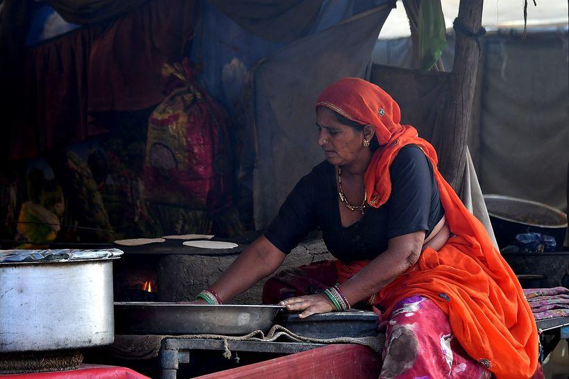 <em>Traditional food at the Pushkar Camel Fair © 2017 Karen Rubin/ goingplacesfarandnear.com</em>