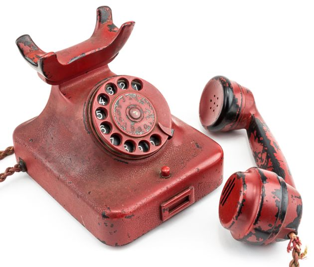 Telephone found in Hitler's bunker to be sold at auction