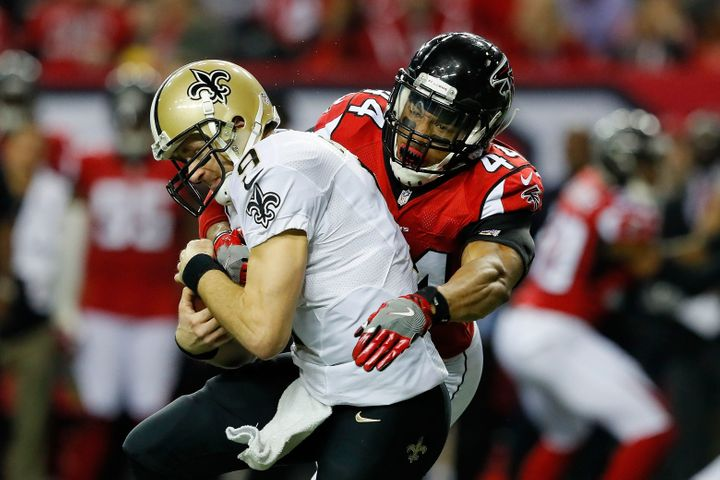 Outside linebacker Vic Beasley Jr. led the league with 15.5 sacks, including this Week 17 sack of the Saints' Drew Brees