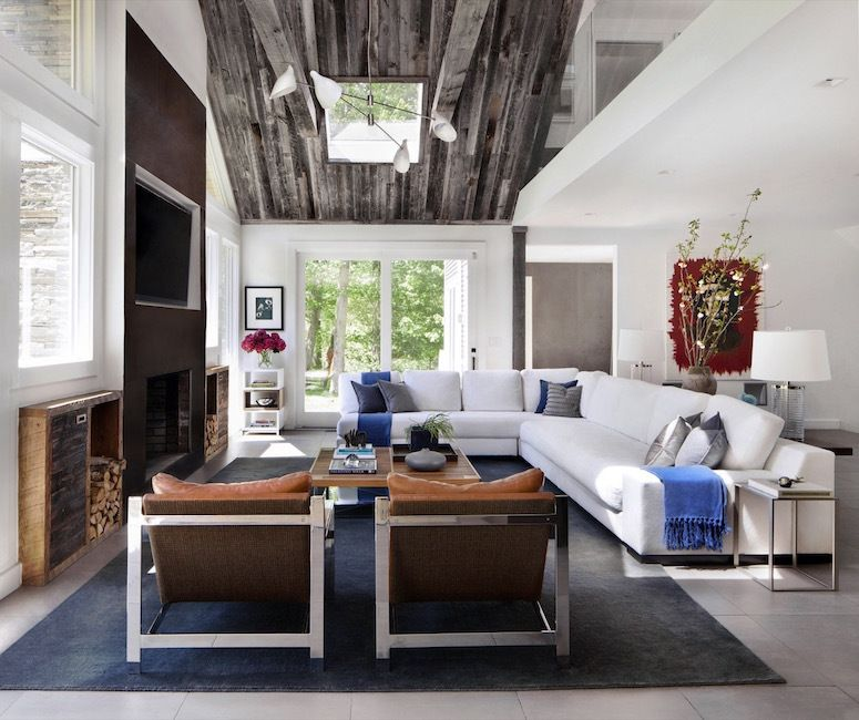Adding a bit of garnishment to your ceiling naturally draws the eye upwards. And there\u0027s no better way to do this than to expose the existing architecture ... & How to Make Your Ceilings Look Higher | HuffPost