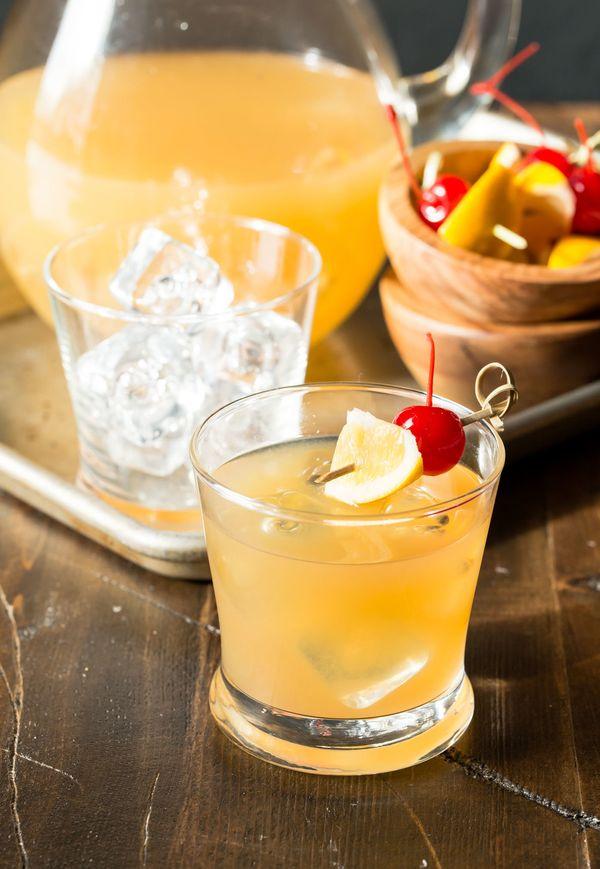 "<strong>Get the <a href=""http://www.garnishwithlemon.com/meyer-lemon-whiskey-sours/"" target=""_blank"">Meyer Lemon Whiskey Sour"