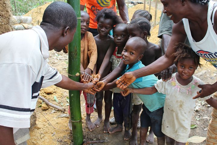 Hand washing, community-led total sanitation, Liberia
