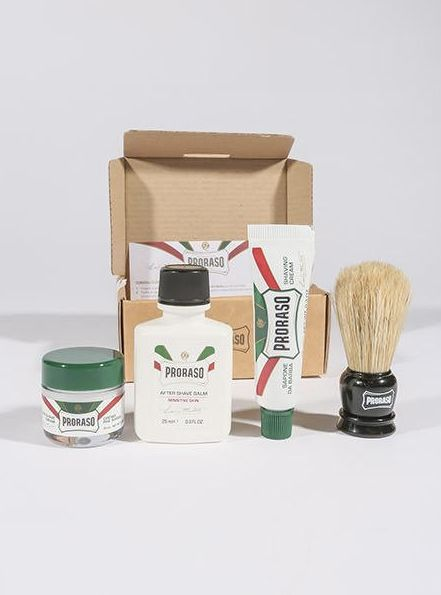 """<a href=""""http://www.portlandtradingco.com/collections/apothecary/products/proraso-travel-kit"""" target=""""_blank"""">Proraso travel"""