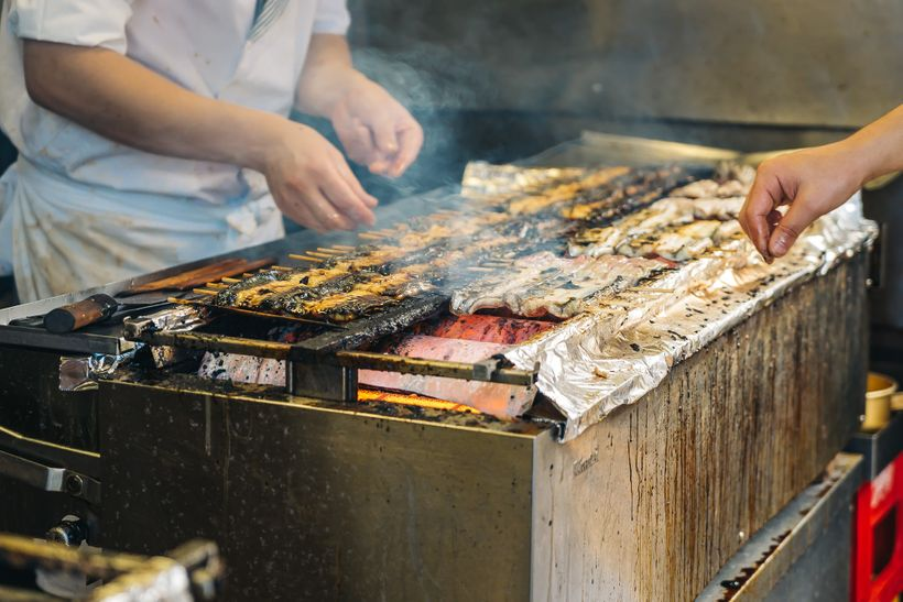 "<a rel=""nofollow"" href=""https://www.thetravelpockets.com/new-blog/narita-temple-japan"" target=""_blank"">FRESH CHARGRILLED EEL<"