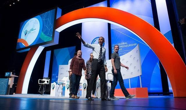 President Obama, Mark Zuckerberg and global entrepreneurs at the 2016 GES in Silicon Valley.