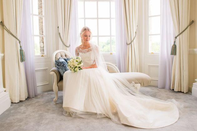 average price spent on wedding dress uk did wedding dress