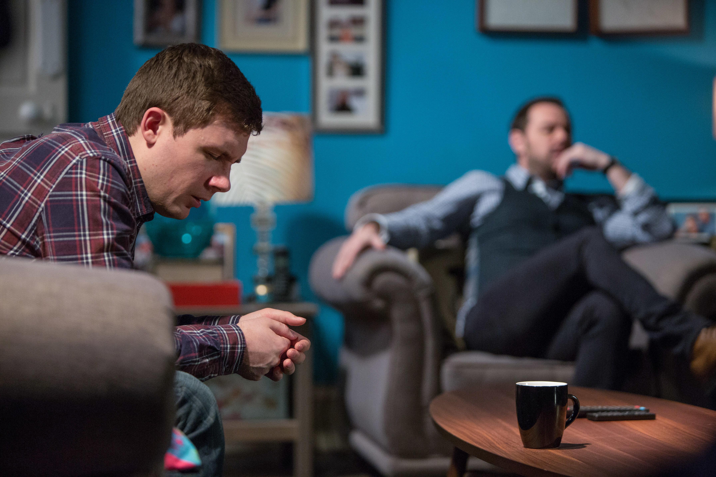 Spoiler! EastEnders' Whitney And Lee Carter Reach Breaking