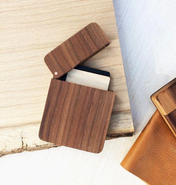 "<a href=""https://www.etsy.com/listing/486529219/wooden-card-holder-hipster-mens?ref=finds_l"" target=""_blank"">Wooden card hold"