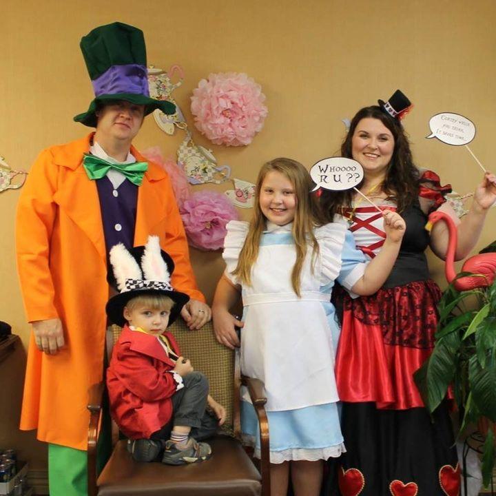 """Ellie planned her 10th birthday around an """"Alice in Wonderland"""" theme."""