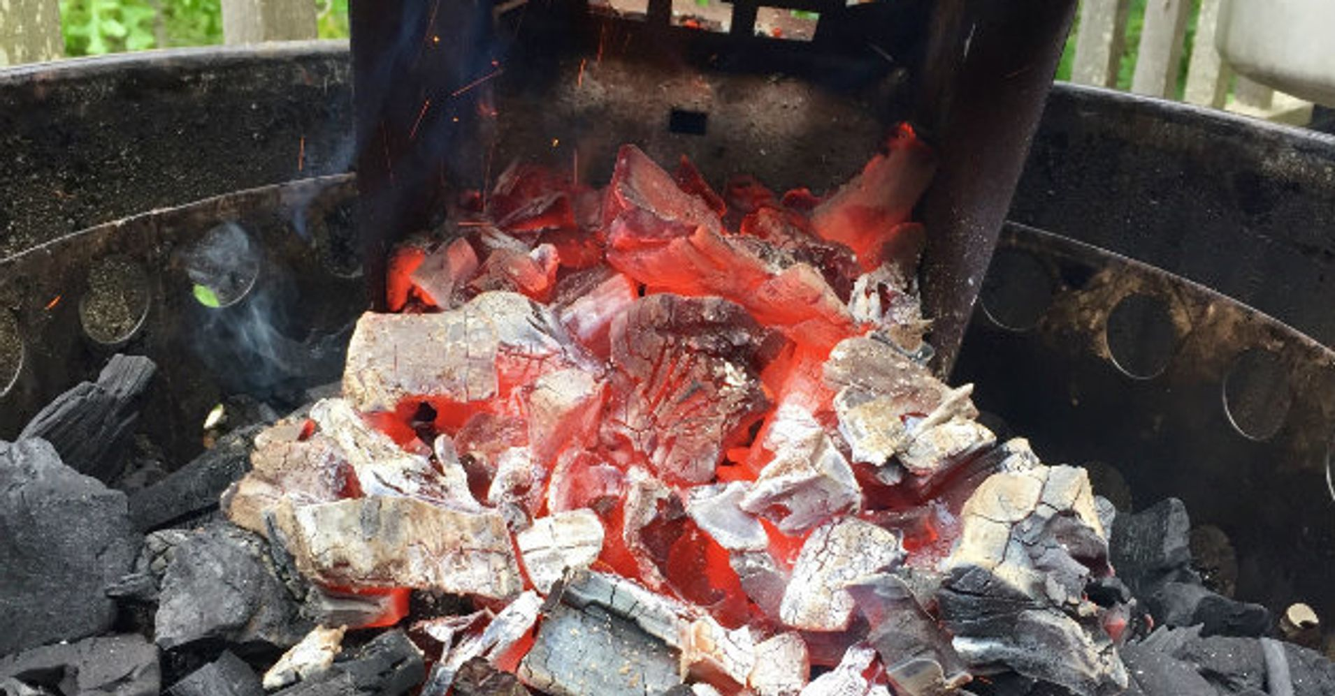 How to Build a Long-Lasting Charcoal Fire | HuffPost