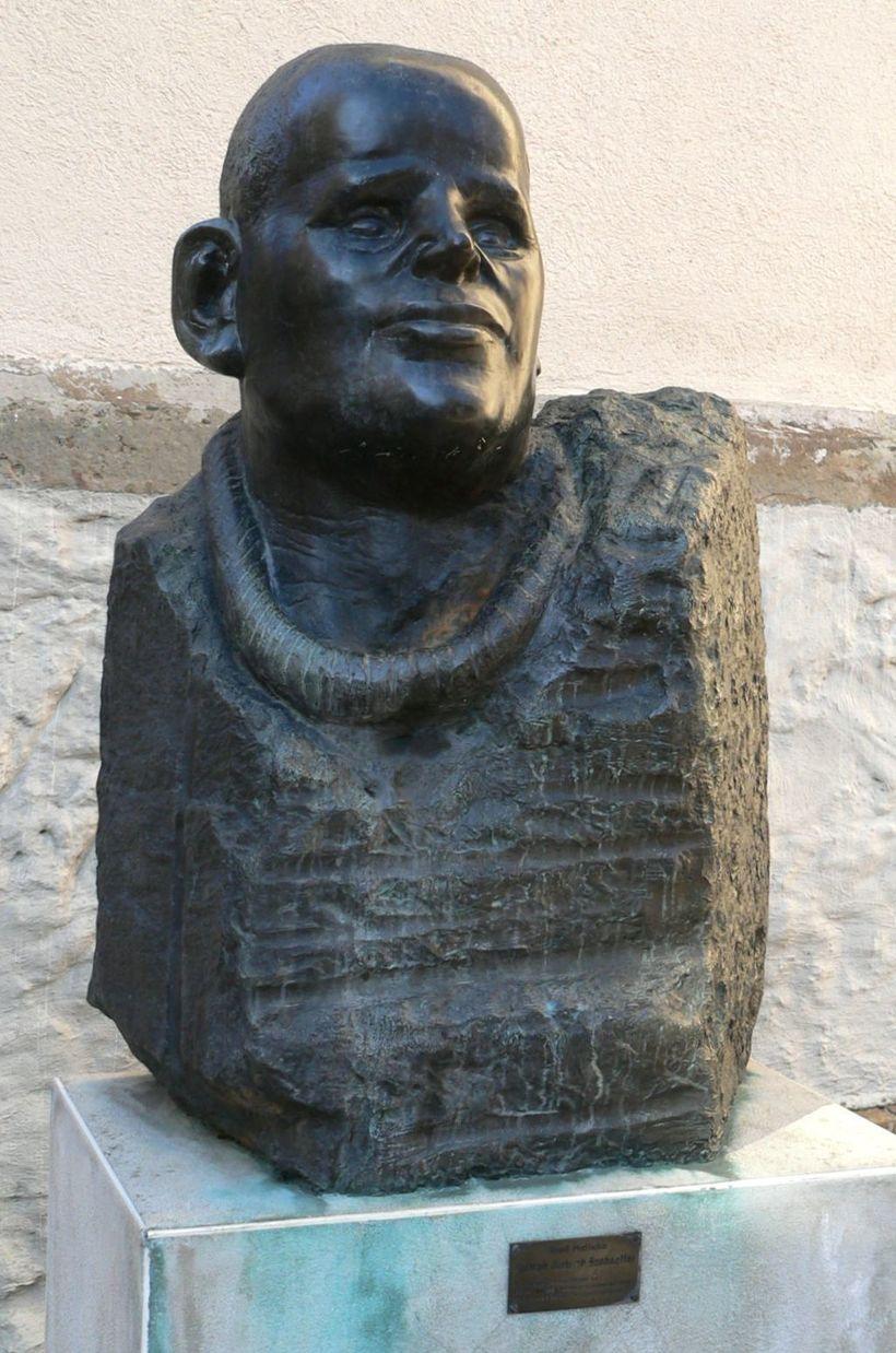 Alfred Hrdlicka, <em>Dietrich Bonhoeffer. </em>Bronze, 1987.