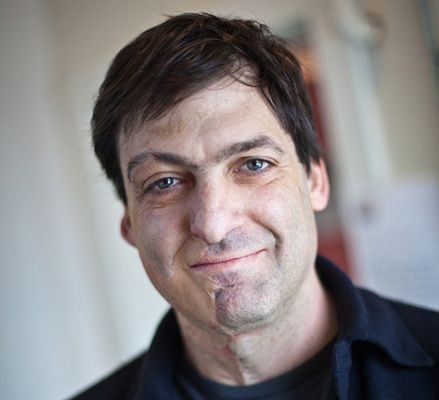 "<a rel=""nofollow"" href=""http://www.danariely.com/"" target=""_blank"">To Learn More About Dan, CLICK HERE</a>"