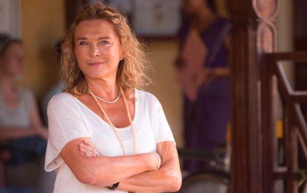 Amanda Redman revealed filming in Sri Lanka helped mend her broken heart after losing several people...